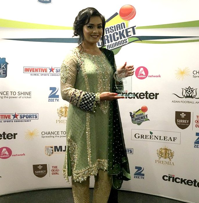 asian-cricket-awards-2016-winners-1