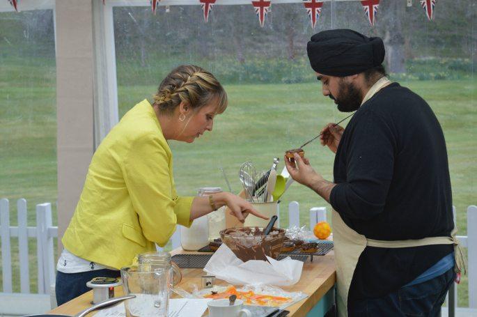 Great-British-Bake-Off-2016-Cake-Week-Ep1-2