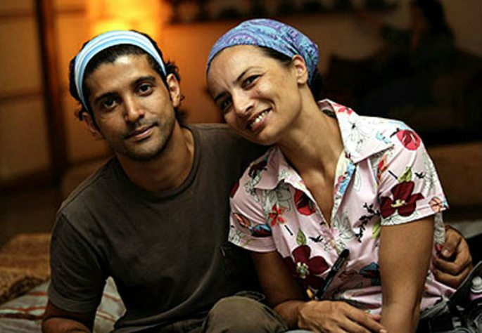 shocking-bollywood-celebrity-divorces-farhan-akhtar