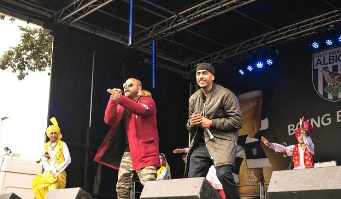 Dr Zeus and Zora Randhawa performed before the game