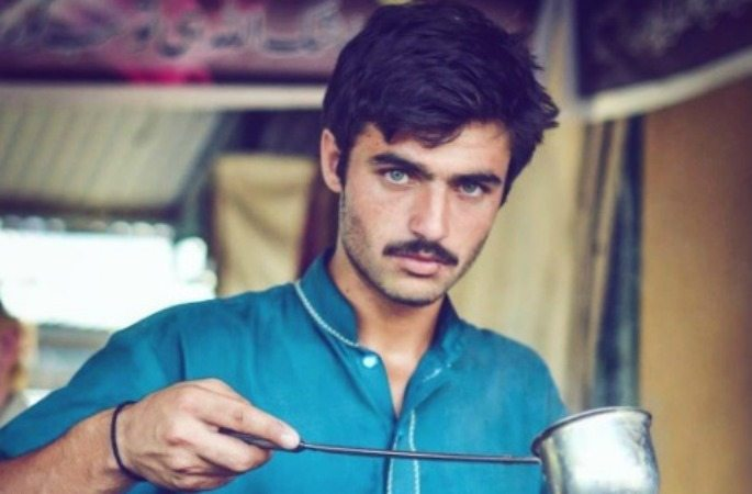 Pakistani Chai-Wala