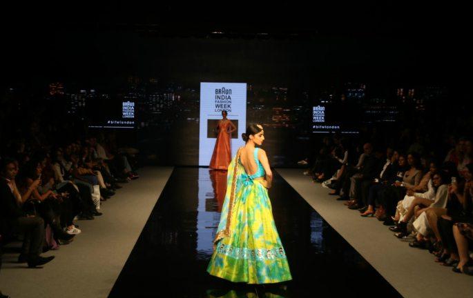 ہندوستان فیشن ویک اور نیشنل ایشین ویڈنگ شو 2016 کی جھلکیاں