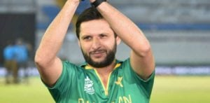 Shahid Afridi to sue Miandad over Match Fixing Comments?