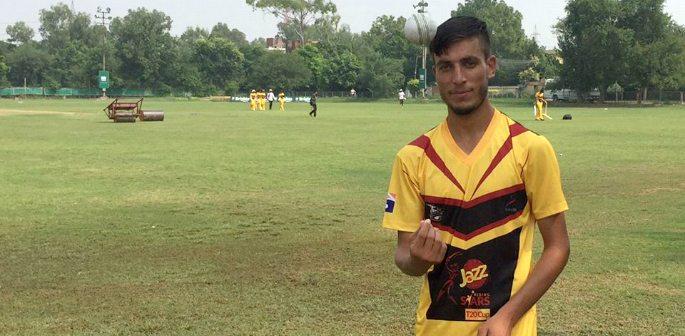 Ambidextrous Pacer Yasir Jan making waves in Pakistan