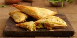 5 Easy Vegetarian Samosa Recipes
