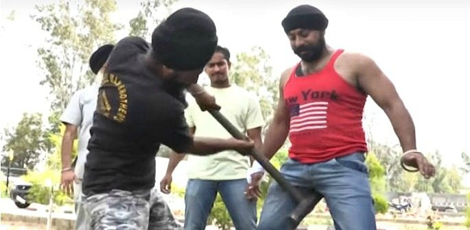 Amandeep Singh Wows in his Crazy World Record Attempt