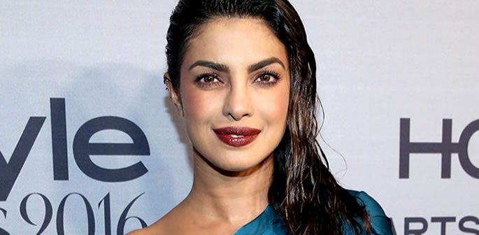 Priyanka Chopra admits Bollywood prefers Heroines of Fair Skin