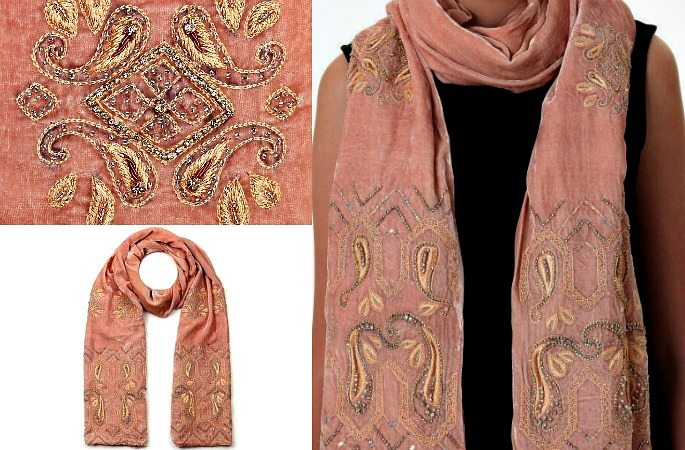 Luxurious Velvet Shawls for Winter- Image 5