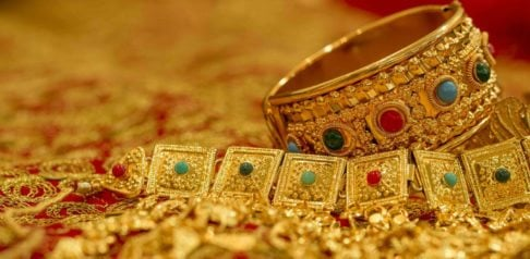 ang Steal Total of Rs 2 Crore in Jewellery After Posing As Police