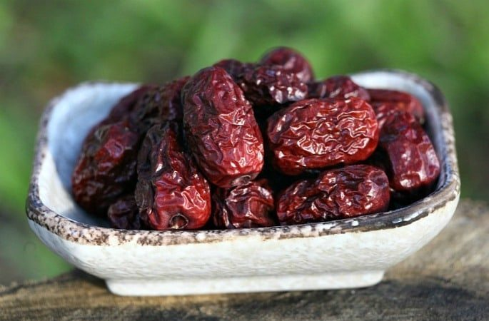 Dates Facial Mask to Soften and Brighten your Skin - Image 1
