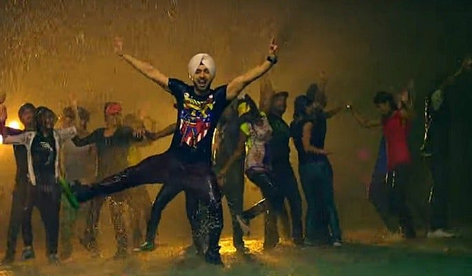 Diljit shows off his fine dancing skills in the pouring rain