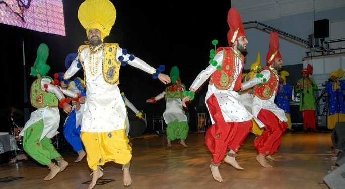 History of Competitive UK Bhangra ~ The Beginning