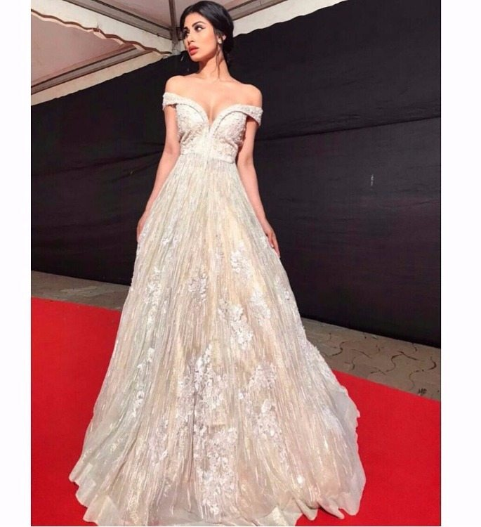 Mouni Roy Weekend Fashion