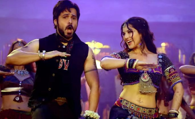 Sunny Leone & Emraan Hashmi sizzle in Baadshaho's 'Piya More'
