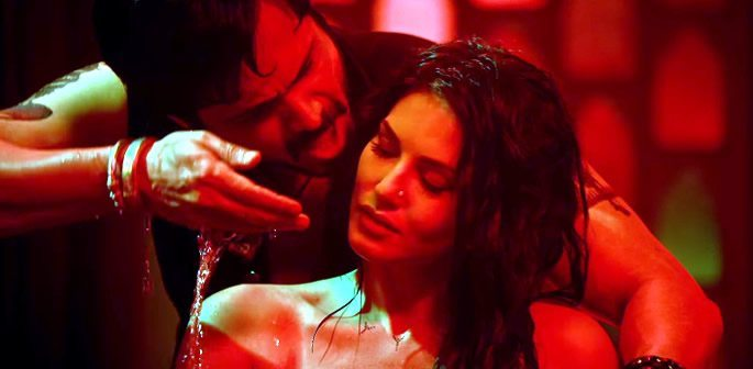 'Piya More' is Hot and Sexy with Sunny Leone & Emraan Hashmi
