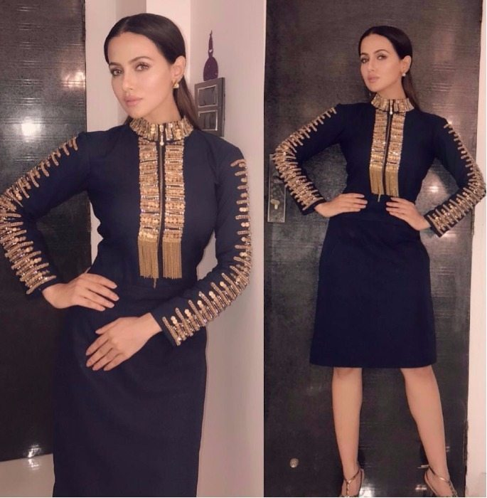 Sana Khan Weekend Fashion