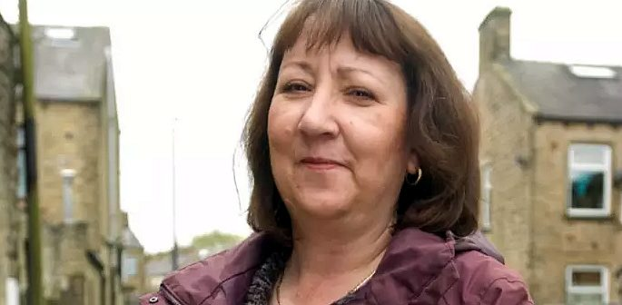 Councillor Rosemary Carroll suspended for sharing Racist Joke