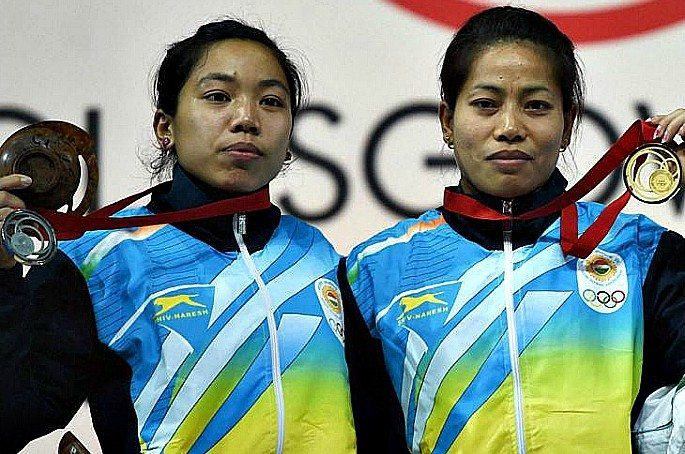 Khumukcham Sanjita Chanu (right) and Mirabai (left) together claimed a 1-2 finish in the Women's-48kg category at Glasgow 2014.