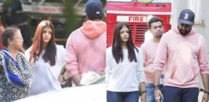 College of Aishwarya and Abhishek arriving to the scene