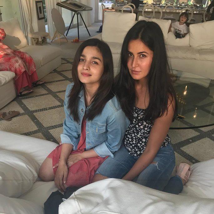 Alia Bhatt and Katrina Kaif with AbRam in background