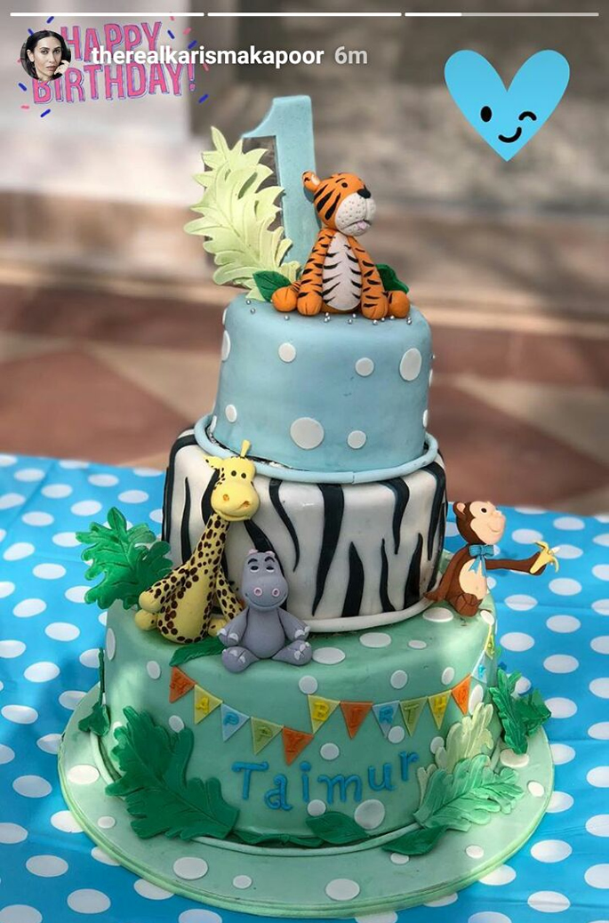 A safari-themed cake
