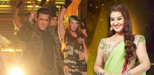 Salman Khan performing and Shilpa Shinde