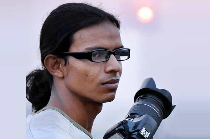 bangladeshi kiss photographer