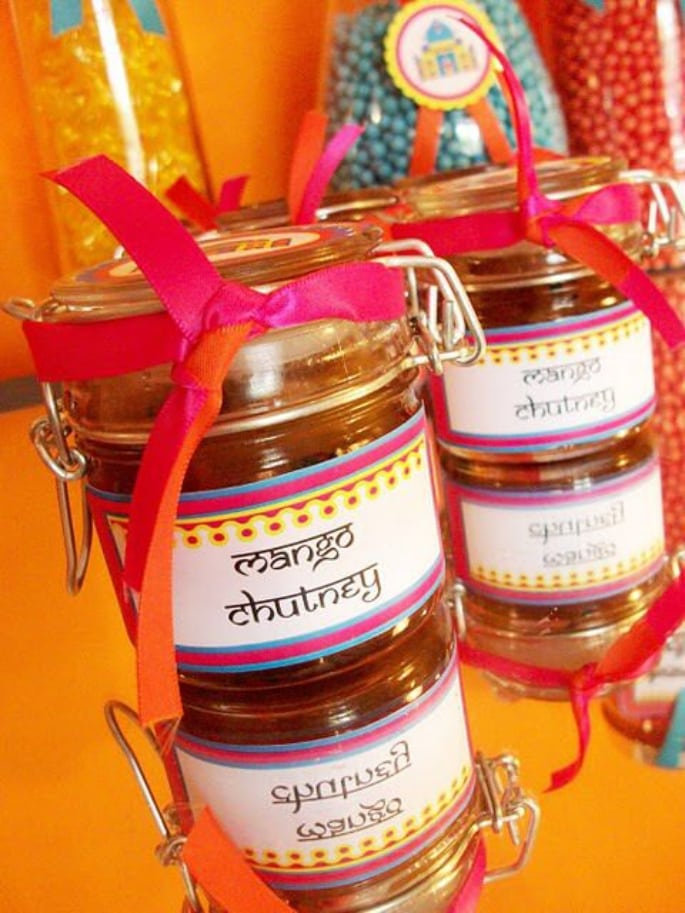 mini chutney jar wedding favour