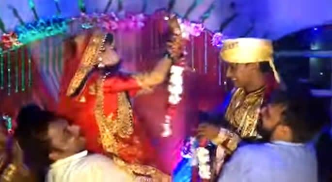slap bride wedding stage