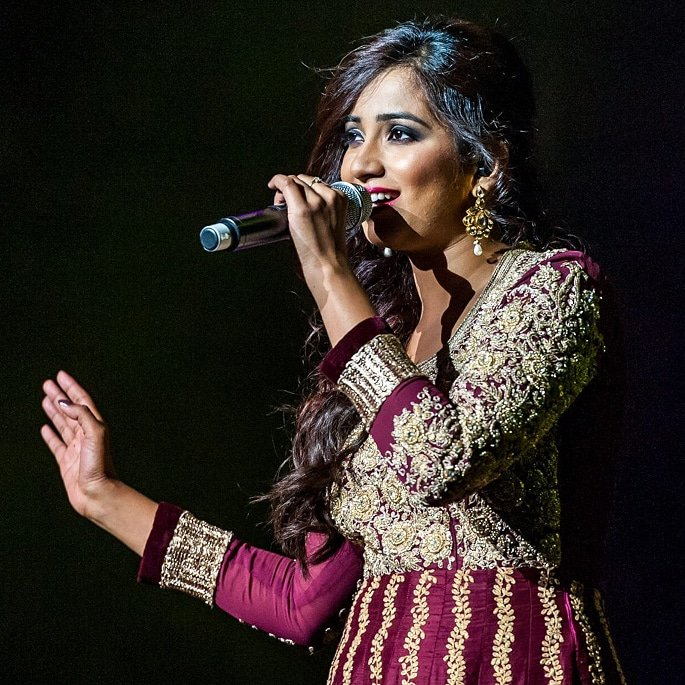 12 Famous Bollywood Female Playback Singers - Shreya Ghoshal