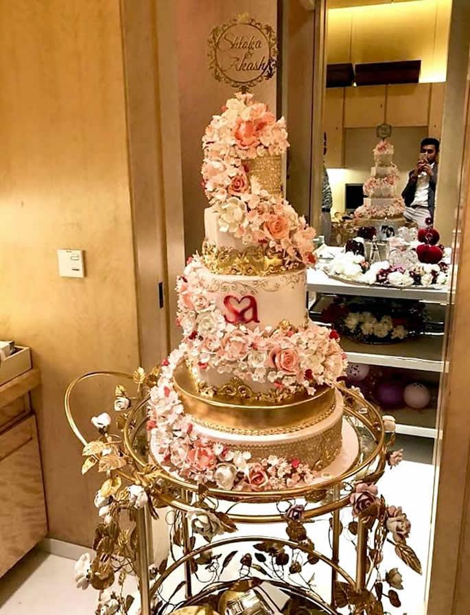 desi wedding cakes - ambani