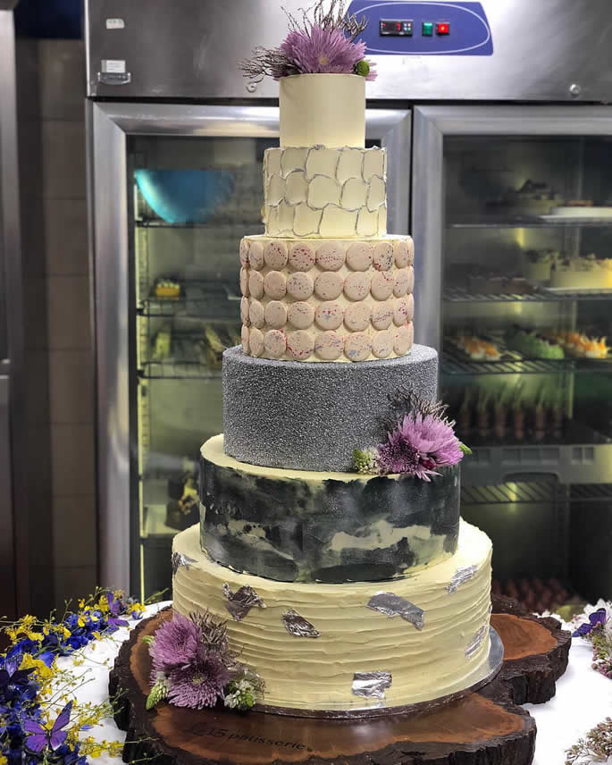 desi weddding cakes - sonam kapoor