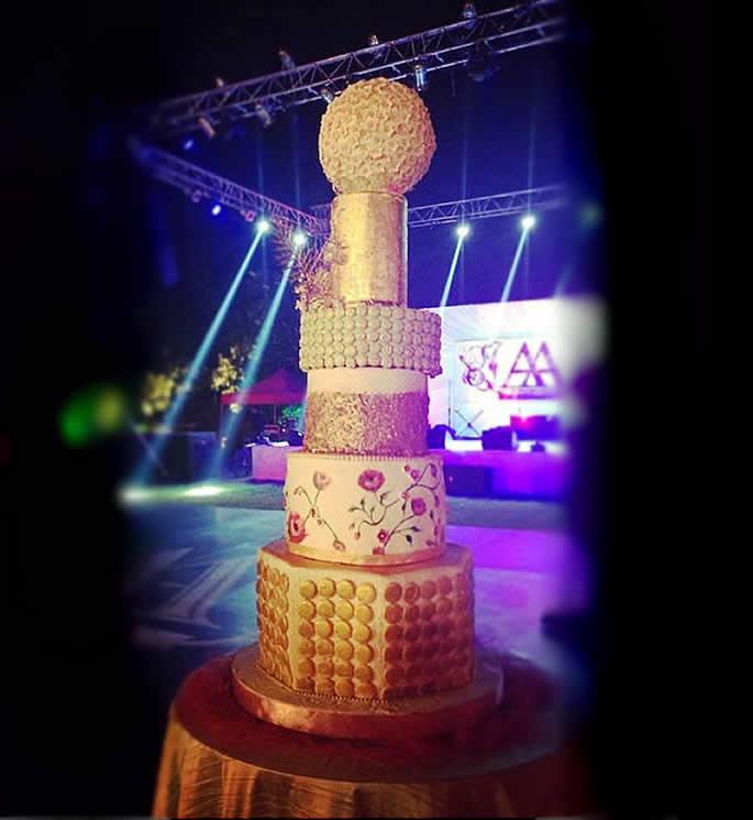 desi wedding cakes - arpita khan