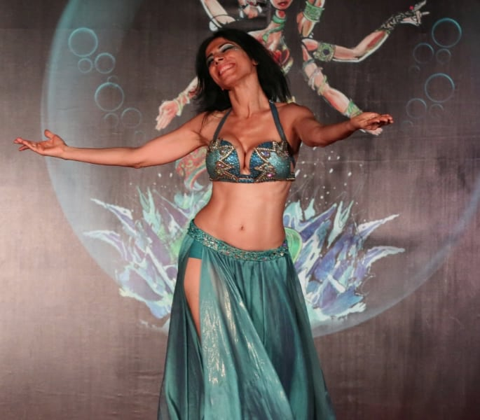 best belly dancers india - Leena Viie