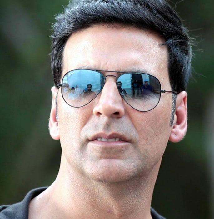 bollywood star sunglasses - akshay