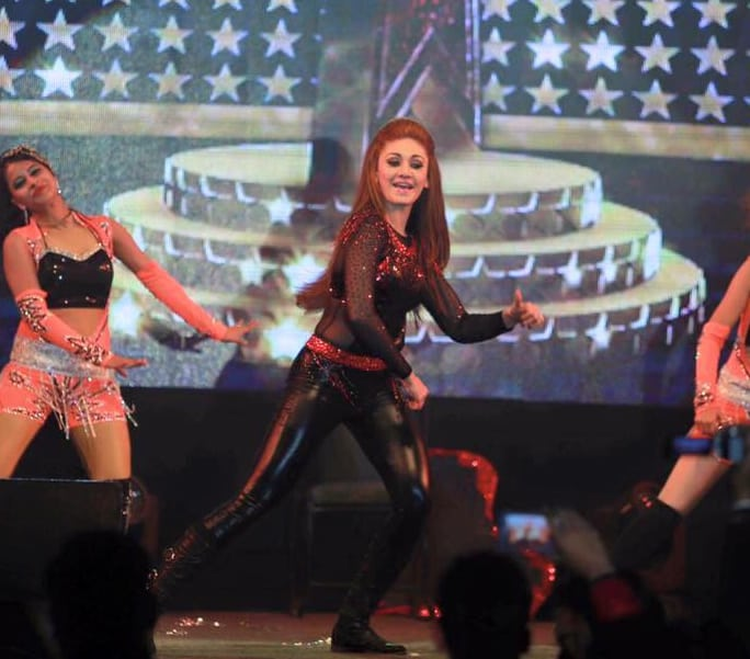 shefali zariwala dancing