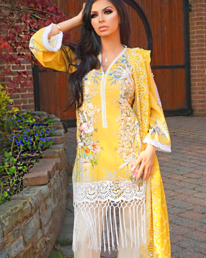 10 Best Looks of Faryal Makhdoom - yellow tassels