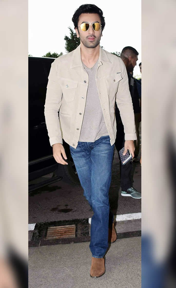 10 Top Casual looks of Bollywood Actors - ranbir kapoor beige