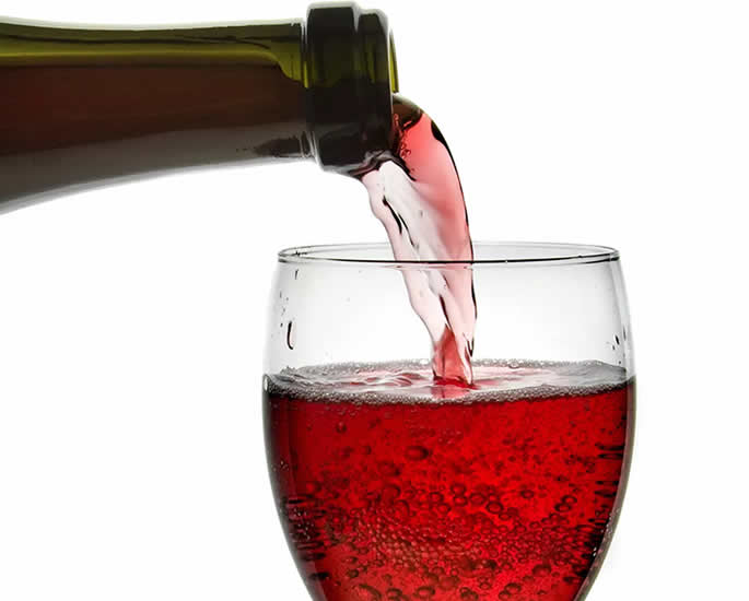 5 Red Wines to Drink with Indian Food - lambrusco