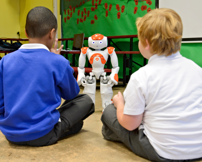 How Robots and AI will Help Education in the UK - diverse learning