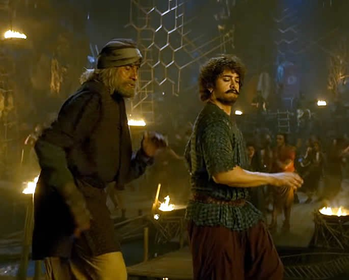 Thugs of Hindostan Amitabh and Aamir Dance to Vashmalle dance