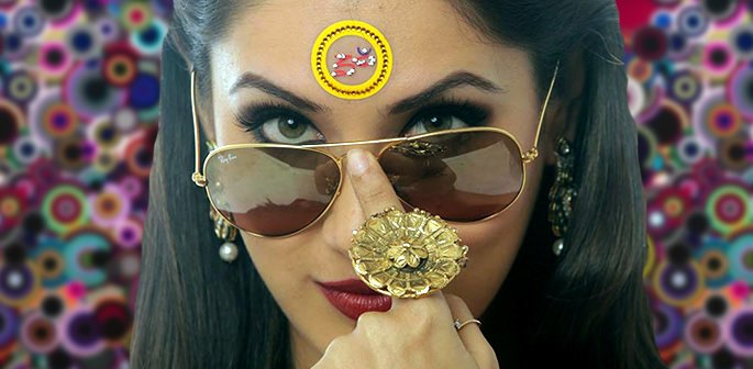 20 Bindi Designs which are Very Fashionable f