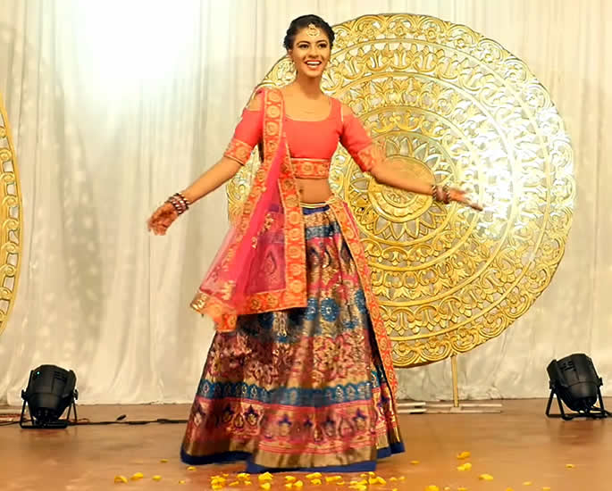 7 Best Sangeet Dance Performances at Desi Weddings - sister