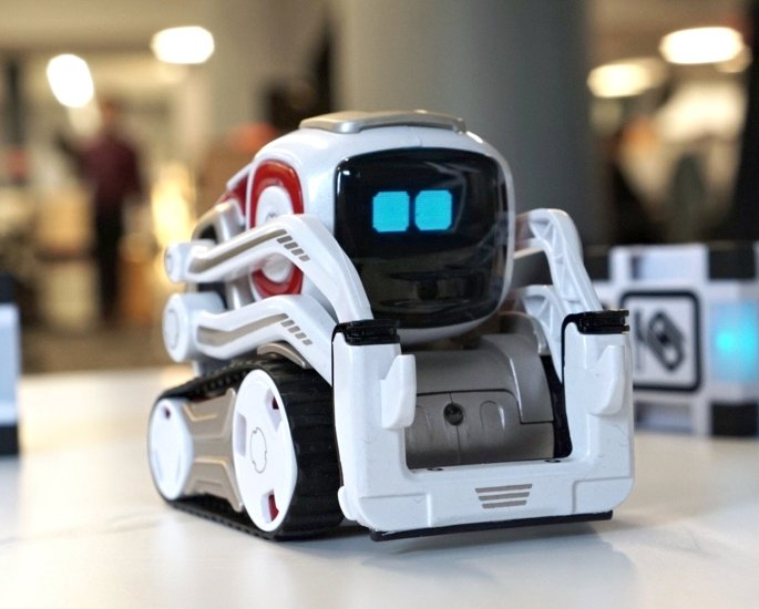 7 Helpful Robots You Can Buy and Own - cozmo