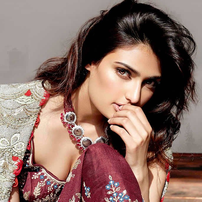 Athiya Shetty Birthday Comment