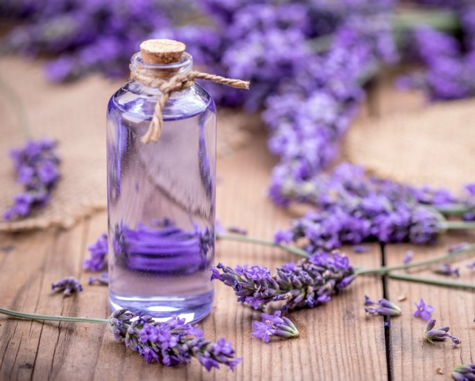 Natural Remedies to help with Headaches and Migraines - lavender