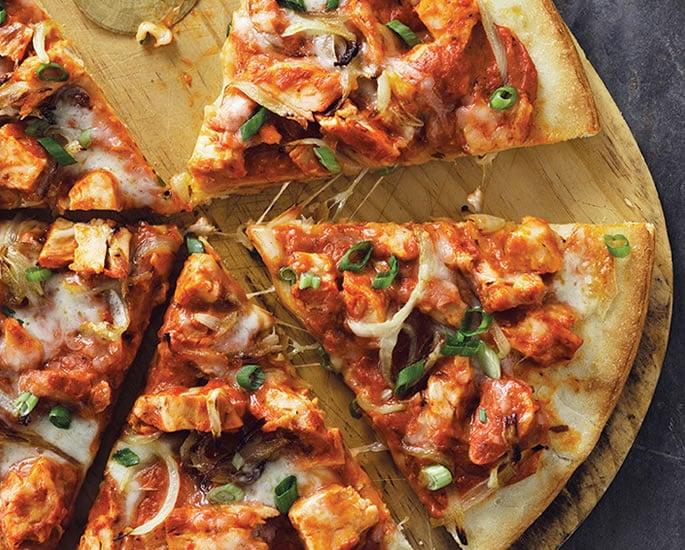 पॉपुलर वर्ल्ड फ़ूड रेसिपी एक देसी ट्विस्ट के साथ - पिज़्ज़ा