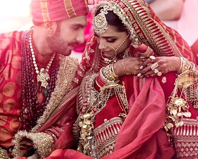 Ranveer & Deepika sail on 4 Crore Royal boat for Wedding - deepika ranveer 2