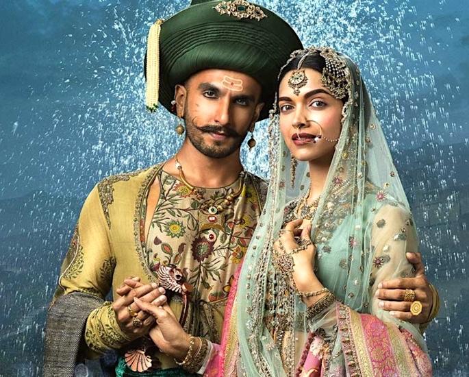 Ranveer Singh & Deepika Padukone: A Love Story Timeline - Bajirao Mastani