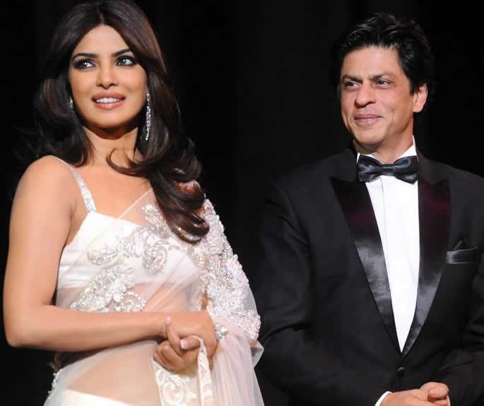 SRK ने प्रियंका चोपड़ा से किया शादी का सवाल - Pcee